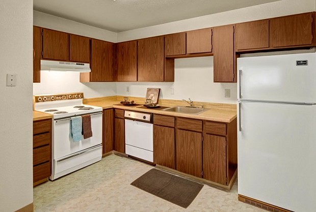 Driftwood Apartments - 7101 Weimer Rd, Anchorage, AK 99502