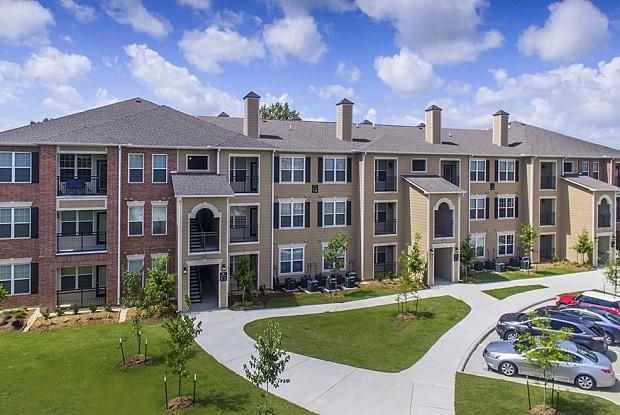 Lakeside Villas - 2455 Weldwood Dr, Baton Rouge, LA 70816