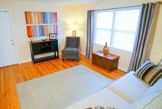 Bondale Apartments - 7603 Bondale Ave, Norfolk, VA 23505
