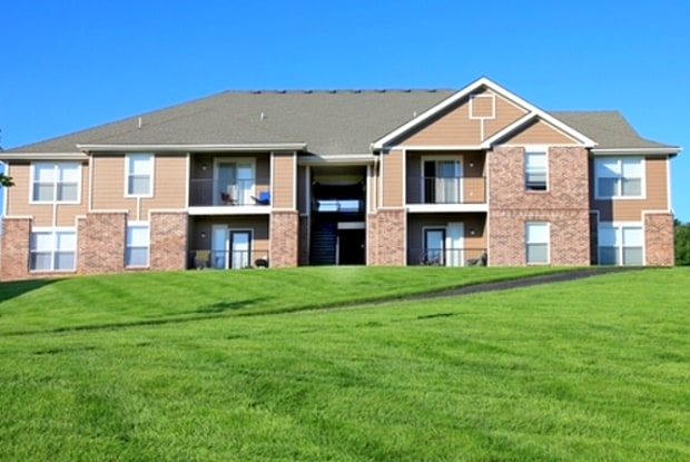 Park Edge Apartments - 8201 Renner Rd, Lenexa, KS 66219
