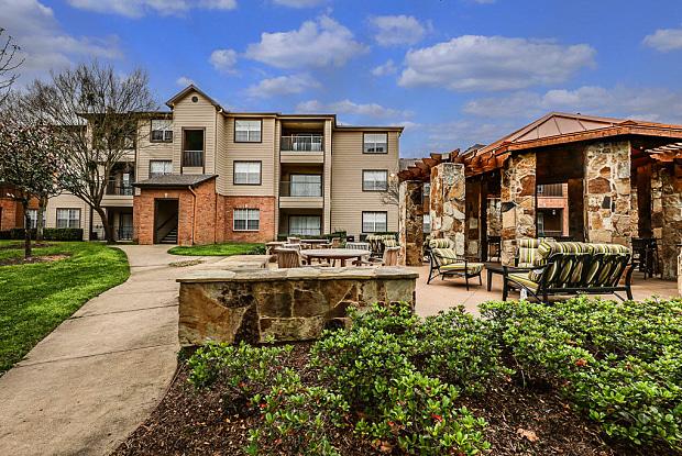 Riverpointe - 1600 River Pointe Dr, Conroe, TX 77304