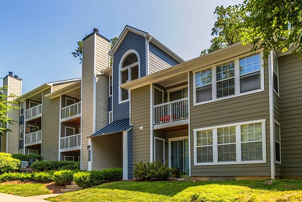 The Windsor at Fair Lakes - 4106 Brickell Dr, Fair Oaks, VA 22033