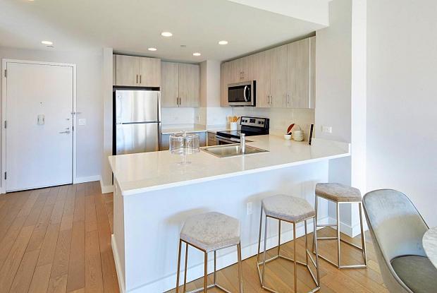 Revetment House - 310 Tenth Street, Jersey City, NJ 07310