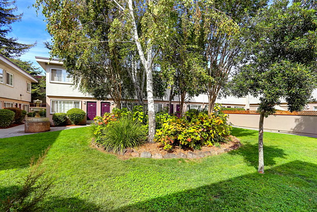 Whitman Villa Townhomes - 25455 Whitman St, Hayward, CA 94544