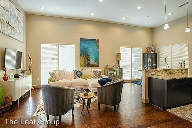 15 Twelve - 1512 Forest Trl, Austin, TX 78703