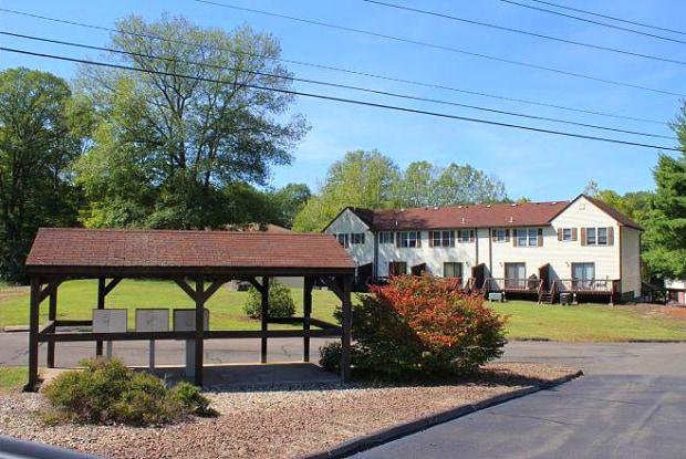 Deerfield Gardens - 103 Hitchcock Road, Waterbury, CT 06705