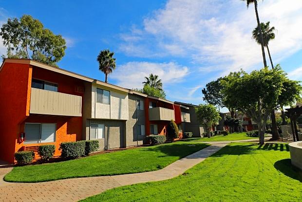 Pacific Trails Luxury Apartment Homes - 18615 E Arrow Hwy, Covina, CA 91722