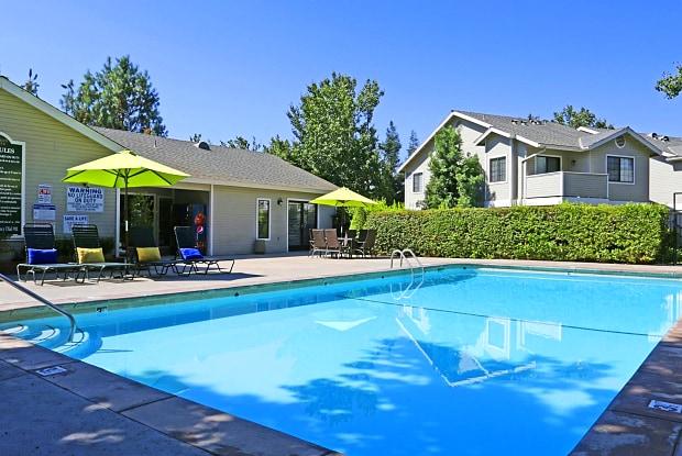 Dominion Heights - 1164 E Perrin Ave, Fresno, CA 93720