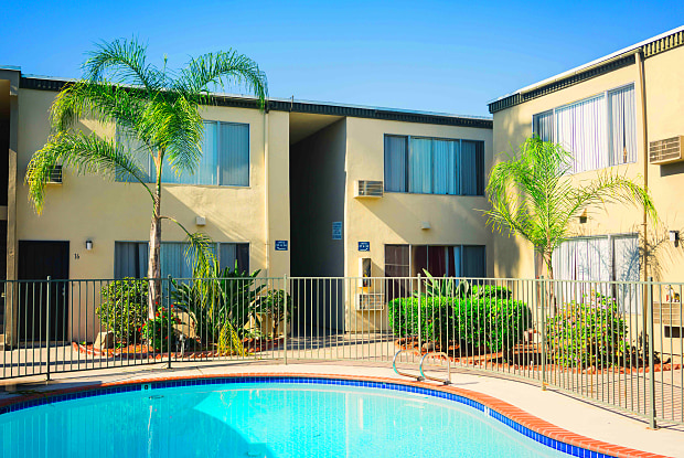 The Palms of La Mesa - 7481 Mohawk St, La Mesa, CA 91942