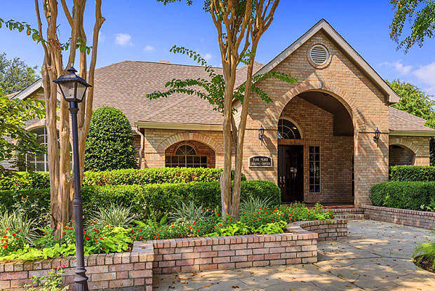 Park Place Houston - 15200 Park Row, Houston, TX 77084