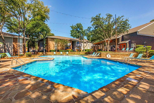 Dakota - 707 Washington Dr, Arlington, TX 76011