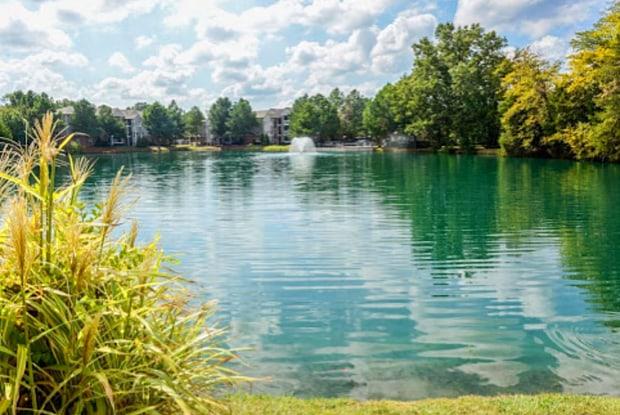 Legacy at Church Lake - 5186 Church Lake Dr, Southaven, MS 38671