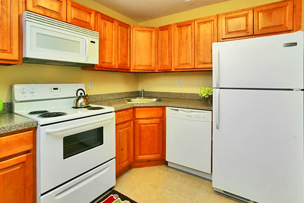 Lumberton Apartments - 1401 Windmill Way, Marlton, NJ 08048