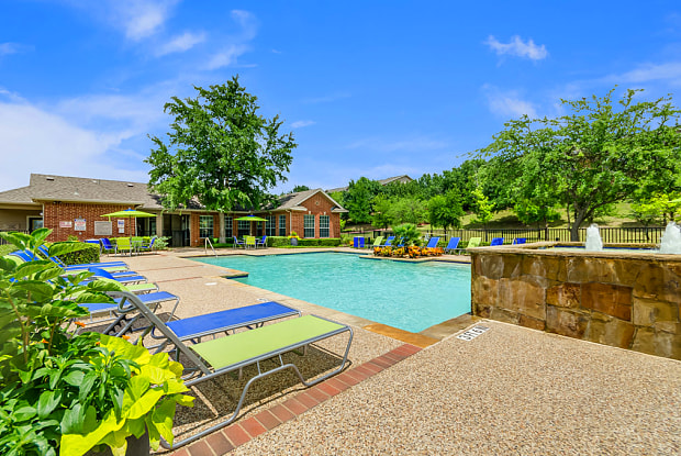 Mission Rockwall Apartments - 923 Yellow Jacket Ln, Rockwall, TX 75087