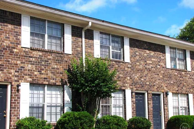 Rosewood Townhomes - 4501 Harbour Lake Dr, Goose Creek, SC 29445