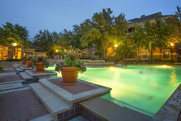 Grand Venetian at Las Colinas - 6225 Love Dr, Irving, TX 75039