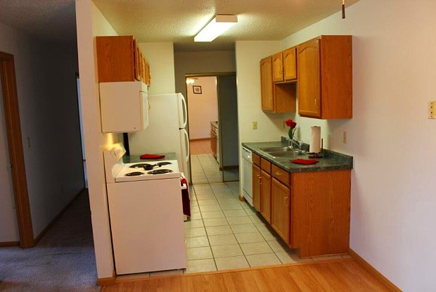 Northwood - 1342 North Broadway Drive, Fargo, ND 58102