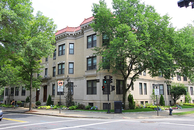 Freeman / Saint Paul Apartments - 283 Saint Paul Street, Brookline, MA 02446