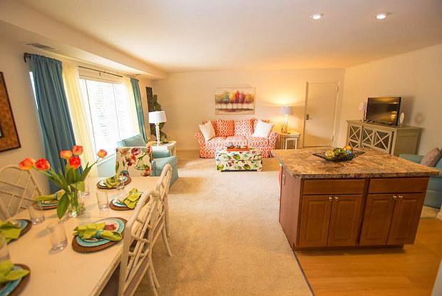 Hidden Woods Apartments - 401 Secluded Post Cir, Glen Burnie, MD 21061