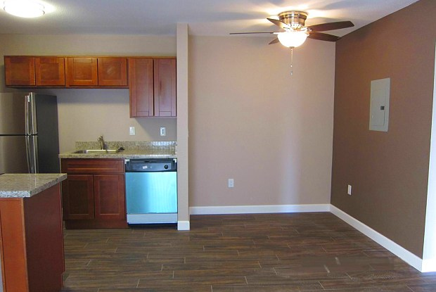 Melrose Apartments - 4444 N 7th Ave, Phoenix, AZ 85013