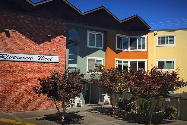 Riverview West Apartments - 10300 Des Moines Memorial Dr, Boulevard Park, WA 98168
