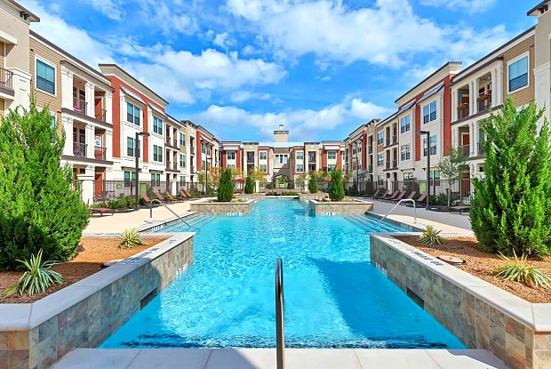Dolce Living Hometown II - 6000 Ashbury Street, North Richland Hills, TX 76180