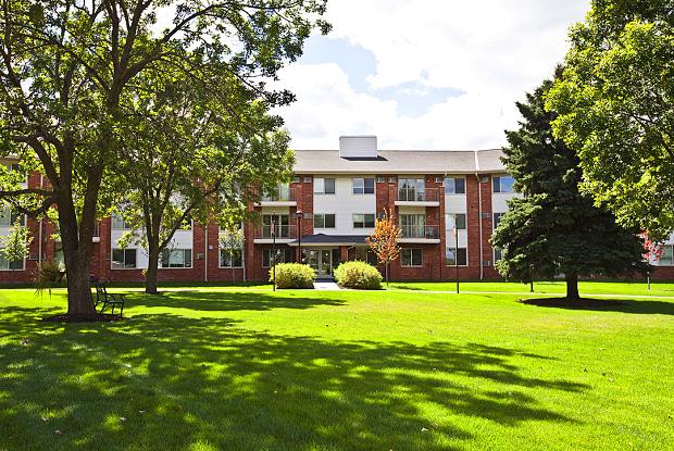 Parkwood Pointe - 12312 Parkwood Dr, Burnsville, MN 55337