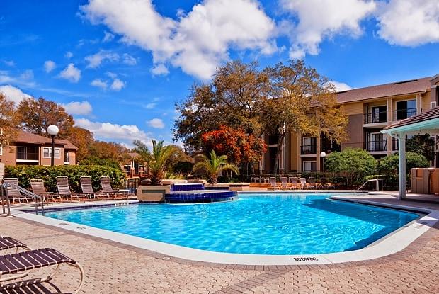 Meridian - 653 Monument Rd, Jacksonville, FL 32225