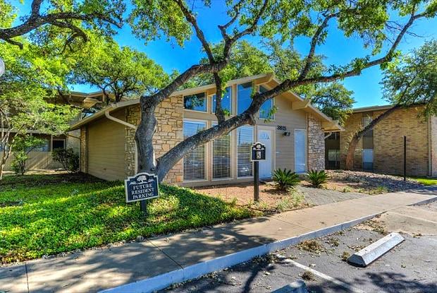 Park at Colonnade - 3815 Parkside St, San Antonio, TX 78229