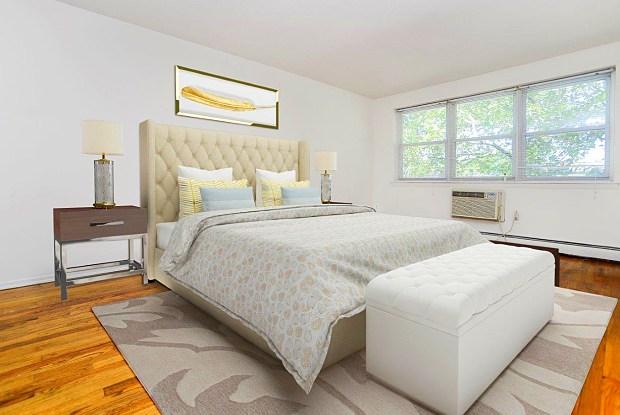 Highland House - 2 Woodbridge Ave, Highland Park, NJ 08904