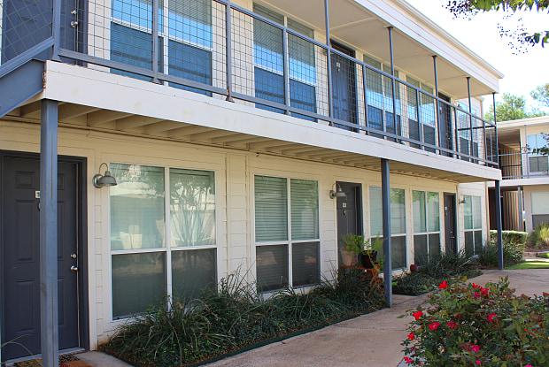 Carillon - 13717 Preston Rd, Dallas, TX 75240