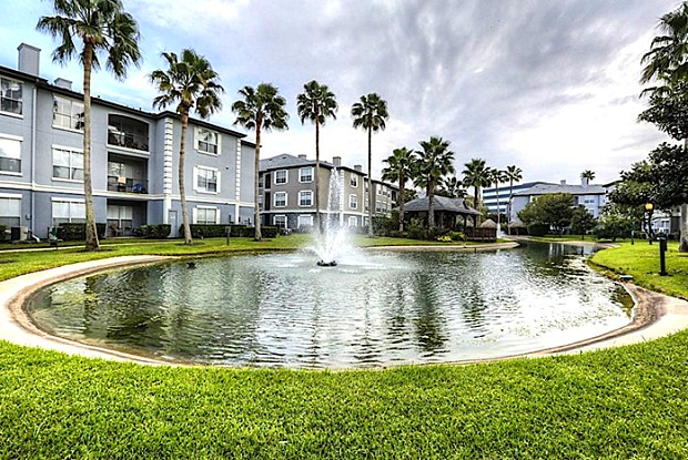 Palms at Clearlake - 1300 Gemini St, Houston, TX 77058