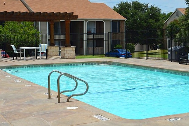 The Arbors Apartments - 2416 S 13th St, Temple, TX 76504