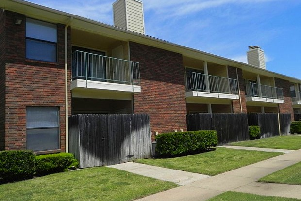 Summit Point Apartments - 3724 Oates Dr, Mesquite, TX 75150