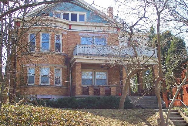 McAlpin 347 - 347 Mcalpin Avenue, Cincinnati, OH 45220