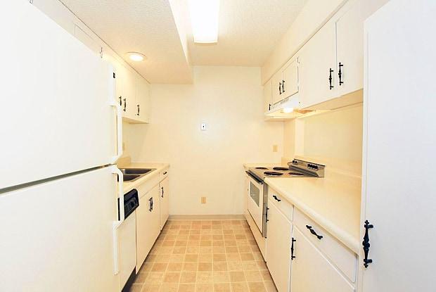 Bremerton Park - 6313 West 75th Street, Prairie Village, KS 66204