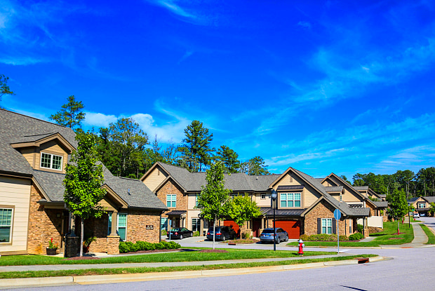 The Townhomes at Chapel Watch Village - 100 Ginkgo Trl, Chapel Hill, NC 27516