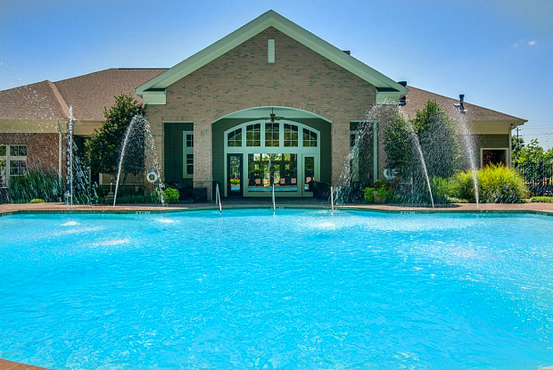 Preserve at Forest Creek - 9230 Thornbury Blvd, Memphis, TN 38125