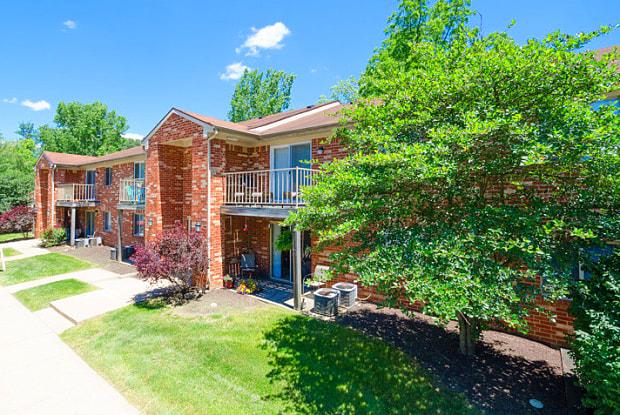 Bradford Ridge - 2900 W Ridge Rd, Bloomington, IN 47403