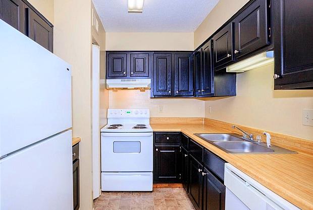 The Hermitage Apartments - 189 Old Hickory Blvd, Jackson, TN 38305