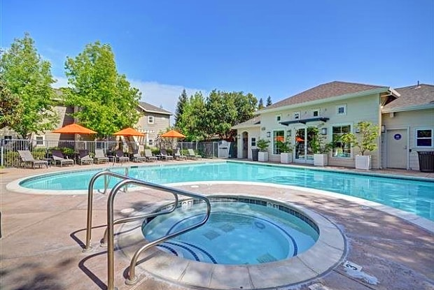 Kensington - 1552 E Gate Way, Pleasanton, CA 94566
