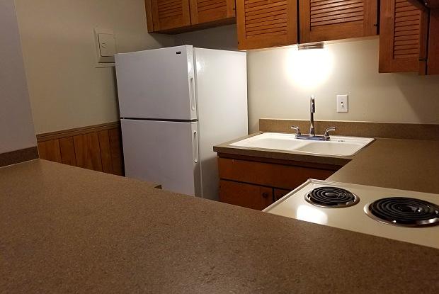 Casa Linda - 516 Splitlog Avenue, Kansas City, KS 66101