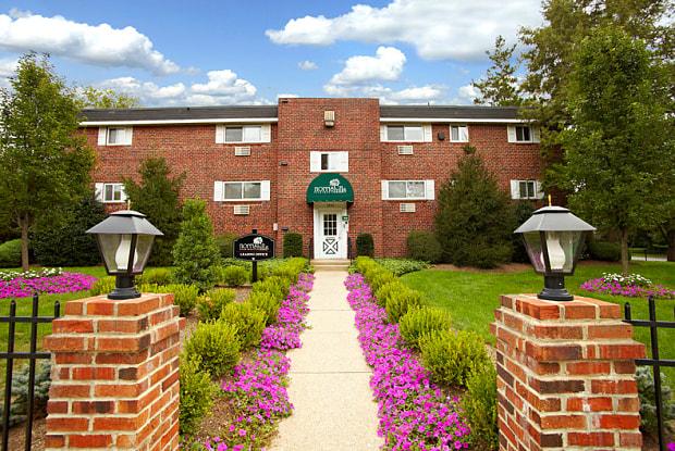 Norris Hills - 1830 N Hills Dr, Norristown, PA 19401
