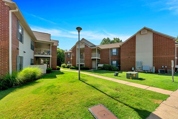 Chapel Ridge - 204 Chapel Ridge Rd, Pauls Valley, OK 73075