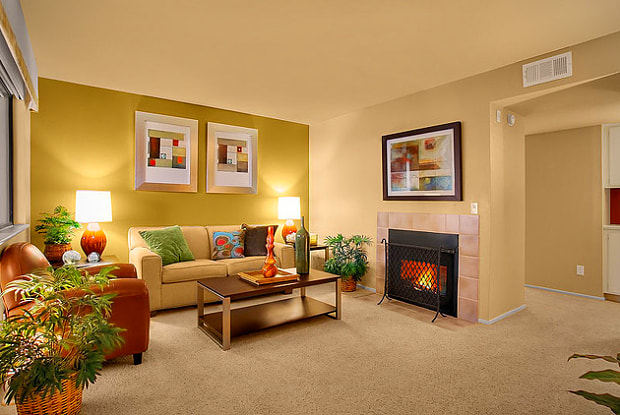 The Knolls Apartment Homes - 2544 Vista Wood Cir, Thousand Oaks, CA 91362