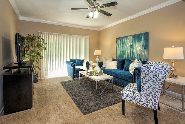 Stonelake Apartment Homes - 10270 E Taron Dr, Elk Grove, CA 95757