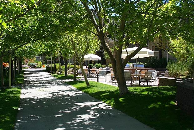 Lakeridge East - 6018 Plumas St, Reno, NV 89519