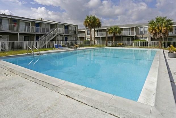 Tzadik Bay - 1225 S Beach St, Daytona Beach, FL 32114