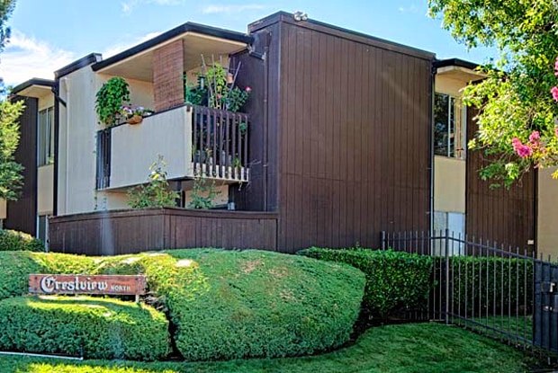 Crestview North Apartments - 4494 Mary Lynn Ln, Carmichael, CA 95608