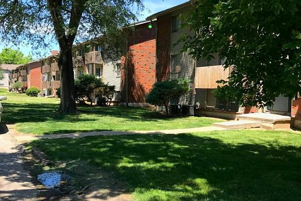 Bethany Park Plaza - 1024 Calvin St, Kansas City, KS 66102